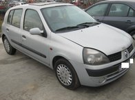 Dezmembrez Renault Clio ll din 2001, 1.2b