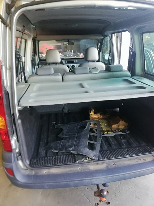 Dezmembrez Renault kangoo 1.5 deci