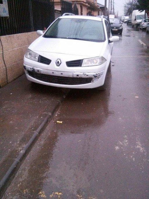 Dezmembrez Renault megane 1.5 dci 1.6 16v si 1.9 d