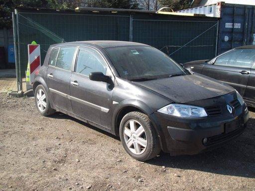 Dezmembrez Renault Megane 1,9dci An.2004