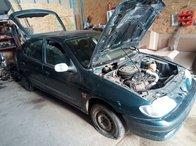 Dezmembrez Renault Megane 1997 Hatchback 1.4 benzina