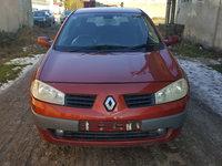 Dezmembrez Renault Megane 2 2004 Hatchback 1.9 dci