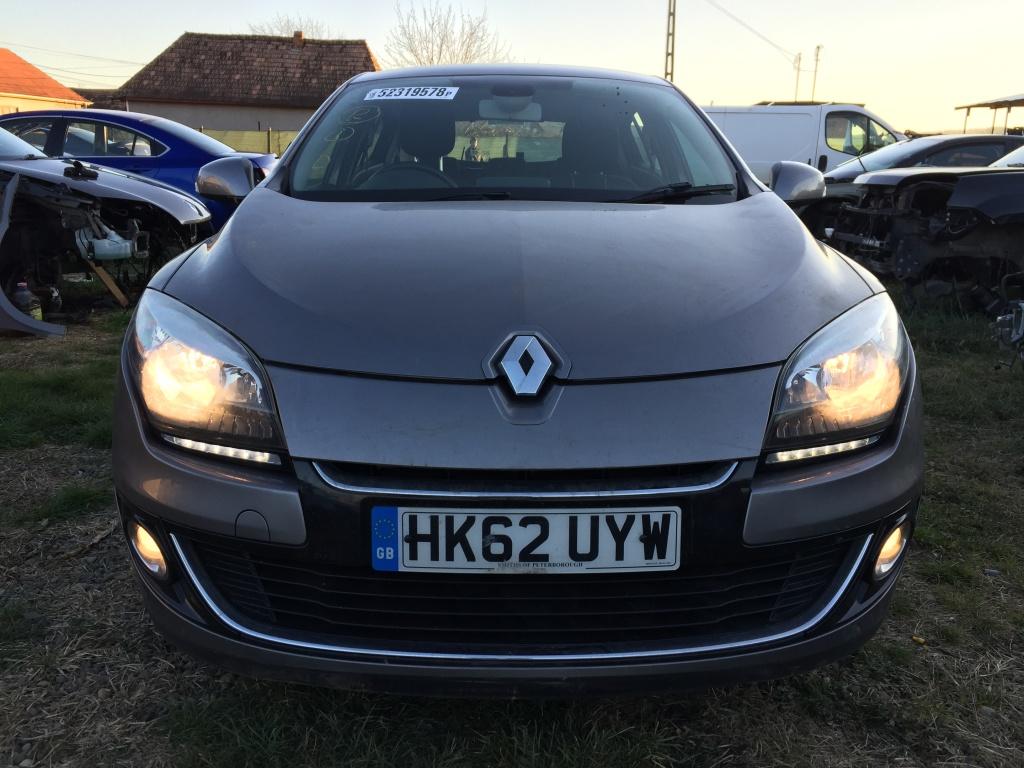 Dezmembrez Renault Megane 2013 Hatchback 1.5dCI