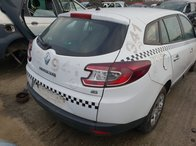 Dezmembrez Renault Megane 3 2011 1.5dci