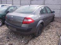 Dezmembrez Renault Megane II ,an 2004