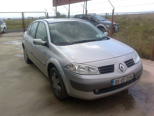 Dezmembrez Renault Megane II