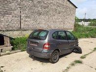 Dezmembrez Renault Megane scenic 1.9 dti 2000