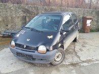 Dezmembrez Renault Twingo benzina an 1997