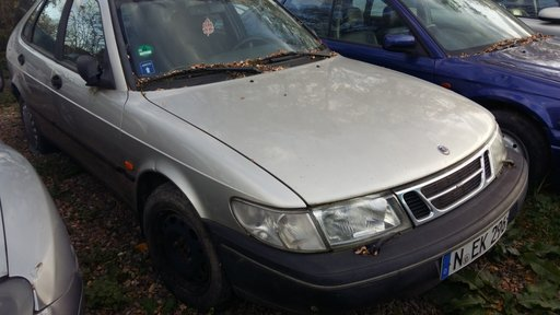 Dezmembrez Saab 900 fabricatie 1994 motor 2.3 benzina