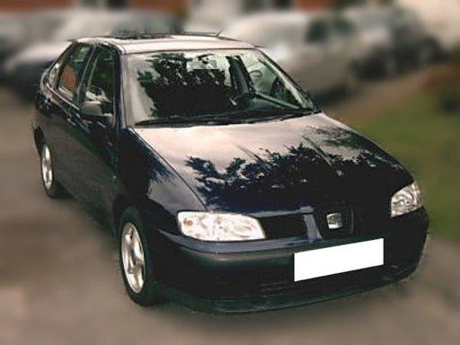 Dezmembrez Seat Cordoba MK1 sedan 1.9 SDI an 2001