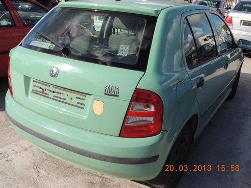 Dezmembrez SKODA FABIA, model masina 2002 Oradea