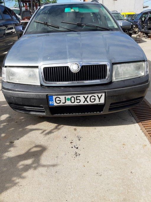Dezmembrez Skoda Octavia 1 ..2002 ..4×4