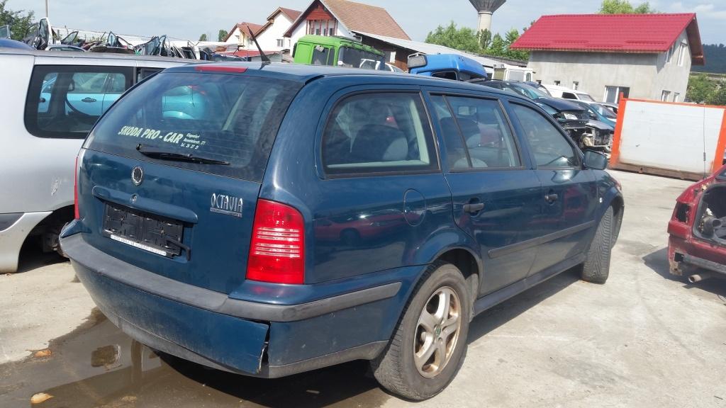 Dezmembrez Skoda Octavia 1 break, an 1998, 1.9 tdi
