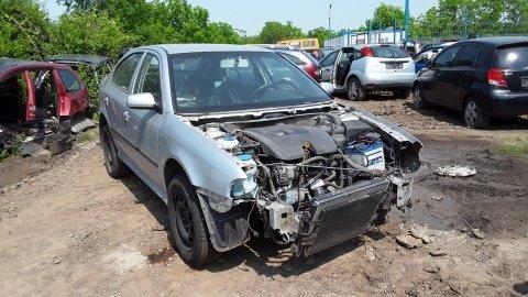 Dezmembrez Skoda Octavia, an 2004, motorizare 1.6