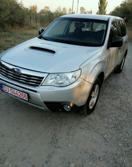 Dezmembrez Subaru Forester 2010