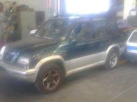Dezmembrez Suzuki Vitara 2001