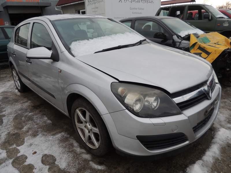 Dezmembrez Vauxhall Astra H, model masina 2005 - 2008 Oradea