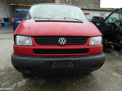 Dezmembrez Volkswagen Caravelle - 2002