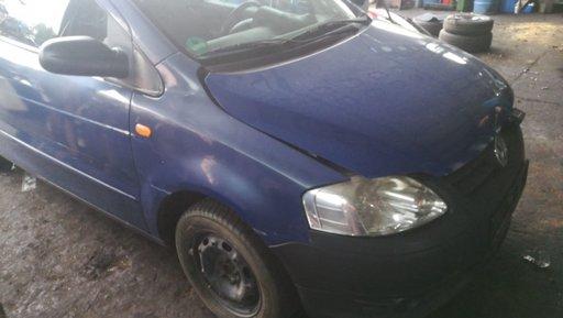 Dezmembrez Volkswagen Fox 1.4 TDI 2002