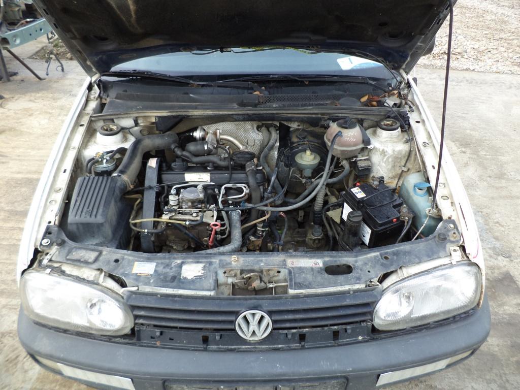Dezmembrez Volkswagen Golf 1.9 td 1995