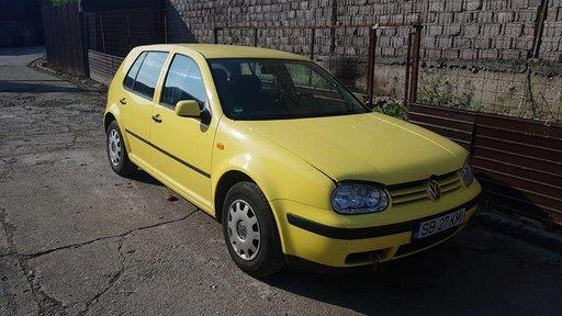 Dezmembrez Volkswagen Golf 4 1.4 16v an 2000