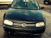Dezmembrez Volkswagen Golf 4 1.9 Tdi 101 cp 2002