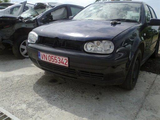 Dezmembrez Volkswagen Golf 4 1.9 TDI