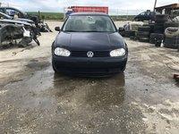 Dezmembrez Volkswagen Golf 4 2000 hatchback 1,9 diesel agr