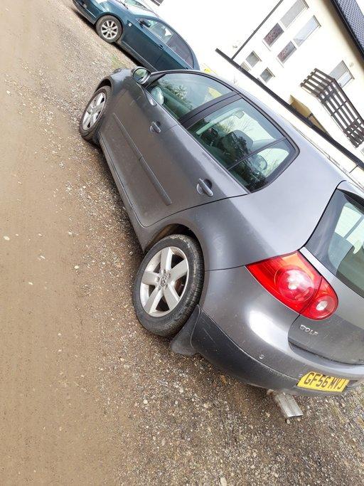 Dezmembrez Volkswagen Golf 5 2006 Hatchback 2.0