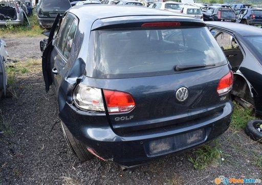 Dezmembrez Volkswagen Golf 6 2.0 Tdi CBD 110 cp 2009