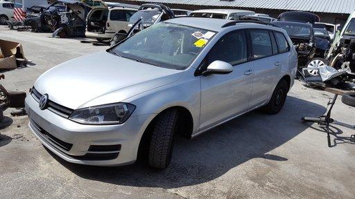 Dezmembrez Volkswagen Golf 7 2014 CLHB
