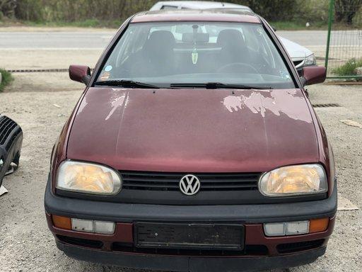 Dezmembrez Volkswagen Golf III 1.8i ABS