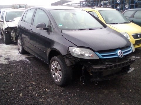 Dezmembrez Volkswagen Golf V Plus an 2007 motorizare 1.9 TDI