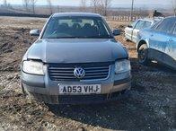 Dezmembrez Volkswagen Passat 1.9 TDI An: 2003 Culoare Gri