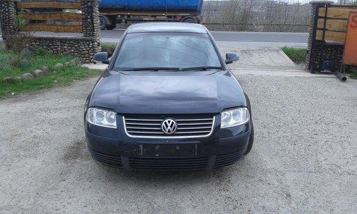 Dezmembrez Volkswagen Passat 1,9 TDI, motor AWX, a