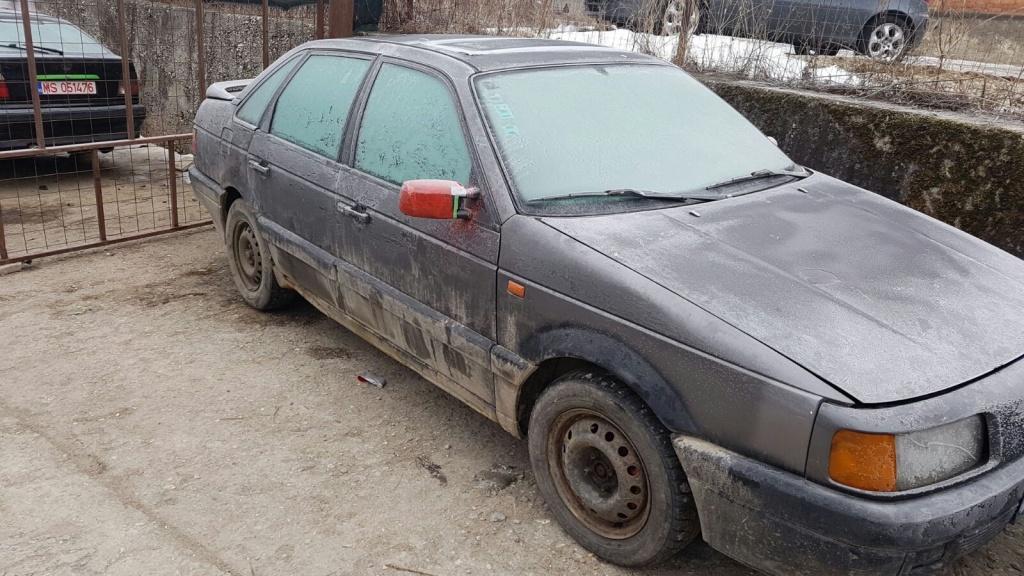 Dezmembrez Volkswagen Passat an 1993 motor 1.9 td