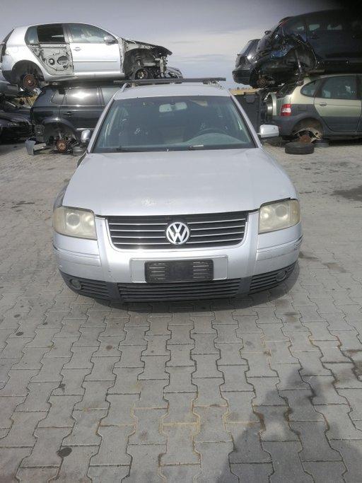 Dezmembrez Volkswagen Passat B5 2003 COMBI 1896
