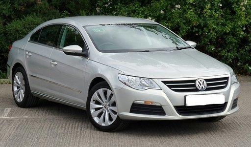 Dezmembrez Volkswagen Passat CC 2010