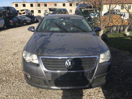 Dezmembrez Volkswagen Passat din 2007