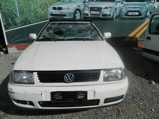 Dezmembrez Volkswagen Polo - 1999