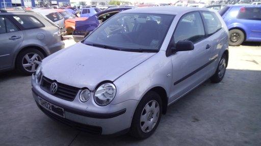 Dezmembrez Volkswagen Polo, an 2002