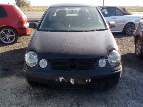 Dezmembrez Volkswagen Polo ,an 2003