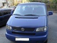 Dezmembrez Volkswagen T4 Caravelle 2.5 TDI 102 CP din 2001 volan pe stanga