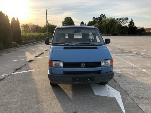 Dezmembrez Volkswagen T4 din 1995, 1.9TDI ,tip motor 1X