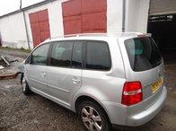 Dezmembrez Volkswagen Touran 2.0 TDI 103kw 138cp 2005