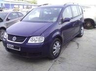 Dezmembrez Volkswagen Touran din 2004, 1.6FSI, BLP