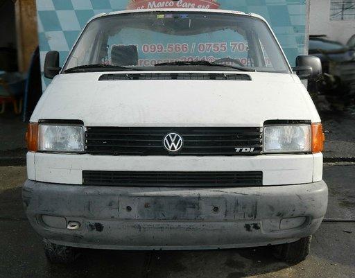 Dezmembrez Volkswagen Transporter 4