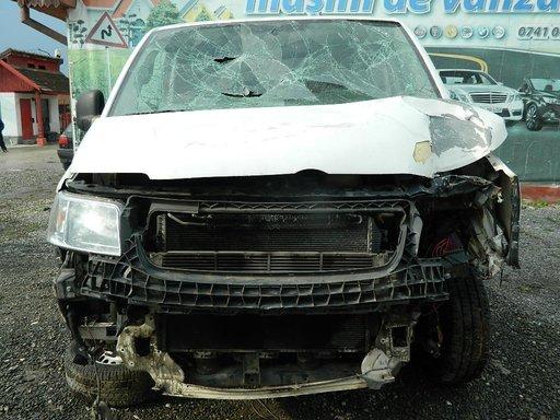 Dezmembrez Volkswagen Transporter T5