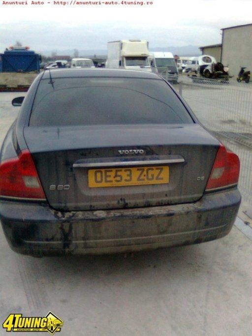 Dezmembrez Volvo S80 2 4d D5 An 2004