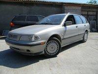 Dezmembrez Volvo V40 1.6i 16V 77kw (105cp) tip B4164S an 1999